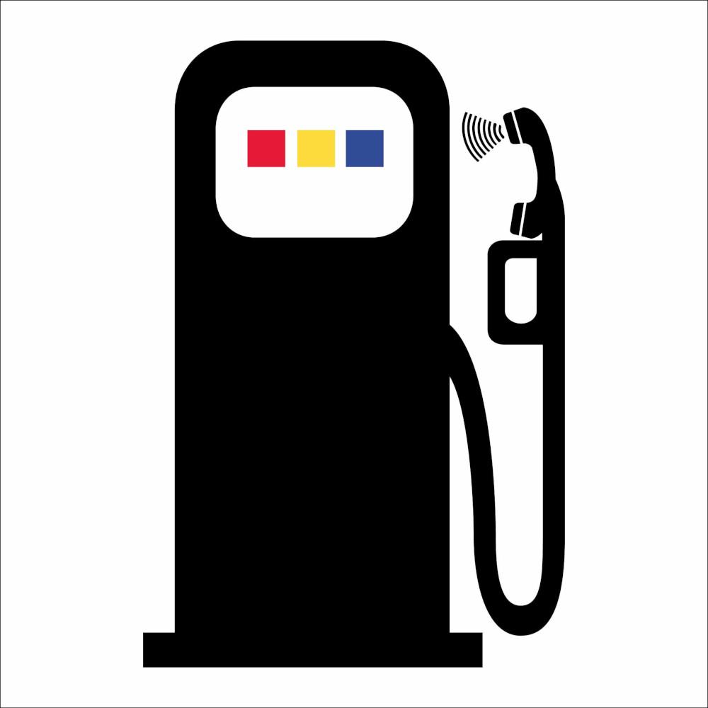 pompa di benzina al telefono